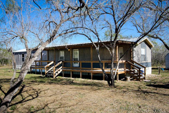 3.7 Acres, 110 CR 401, Three Rivers, Texas 78071