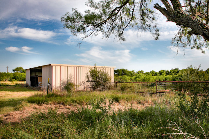 10 acres,  FM 889 & FM 1873, George West, Texas 78022