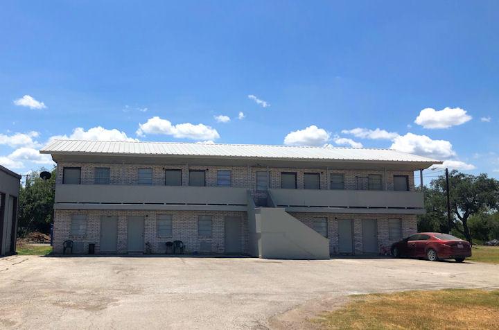 711 Crockett Street, George West, Texas 78022