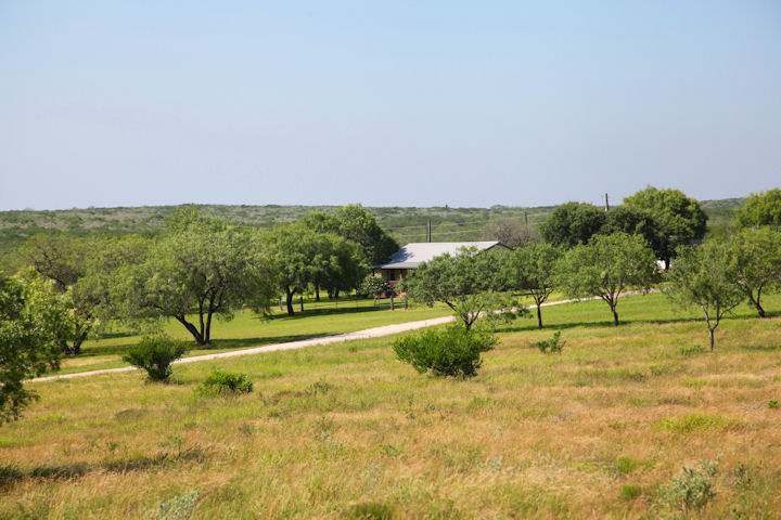 591 FM 624, George West, Texas 78022