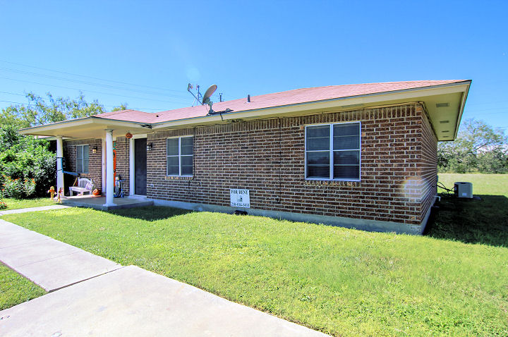 126 Kerry Dr., George West, Texas 78022
