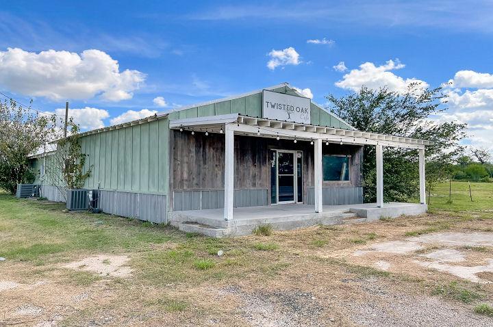 14328 Hwy 72 & FM 673, Pawnee, Texas 78145